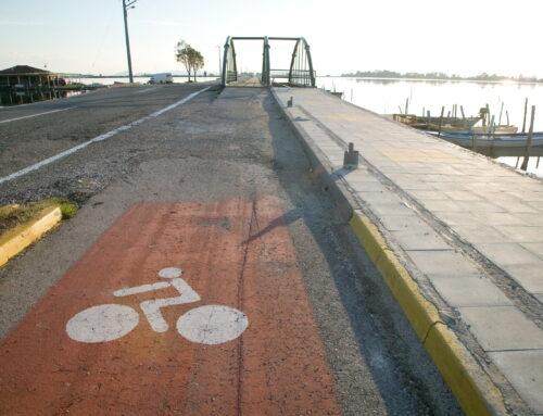 ΜΕΣΟΛΟΓΓΙ: Νεαρή τραυματίστηκε σοβαρά μετά από πτώση από το ποδήλατό της