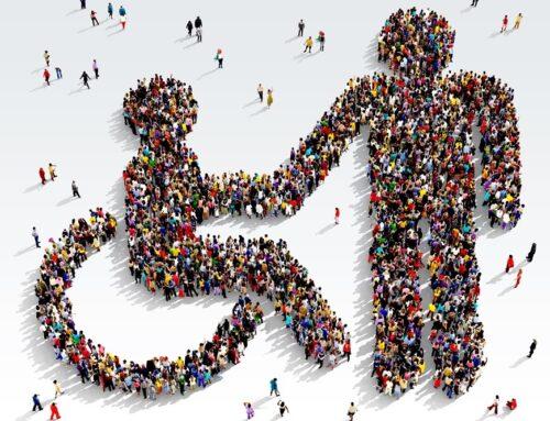 Ο Απόστολος Κατσιφάρας για τη σημερινή Ημέρα Ατόμων με Αναπηρία