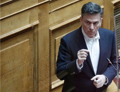Θάνος Μωραΐτης: «Η κυβέρνηση, προκλητική, και κυνική, τσακίζει τα νέα παιδιά και τα όνειρά τους.» (VIDEO)